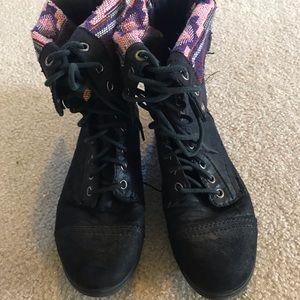 Black adjustable combat boots